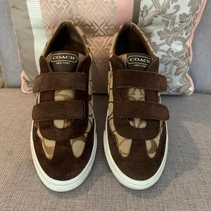 COACH VELCRO STRAPPED  VINTAGE SNEAKERS